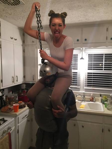 miley cyrus on a wrecking ball couple costume