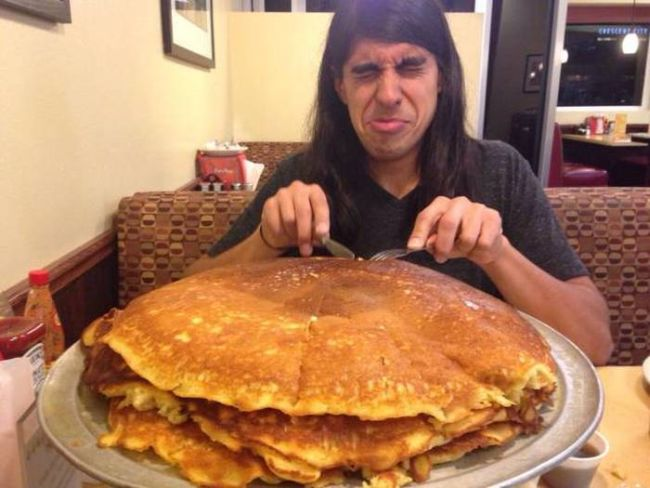 derping in front of the giant pancakes