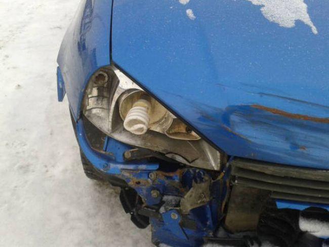 car with halogen lightbulb for head light, fail