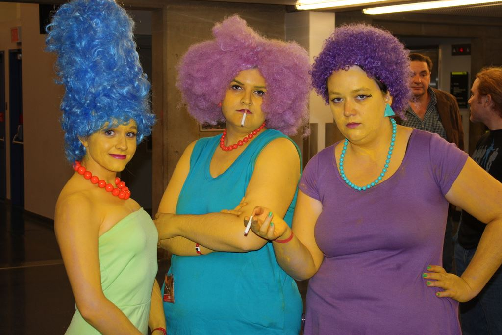 marge patty and selma irl, the simpsons cosplay