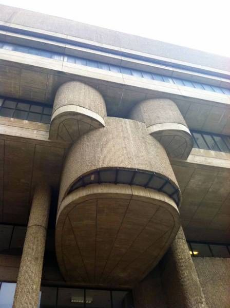 building that looks like a robot from futurama