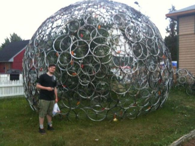 giant sphere of bicycle wheels