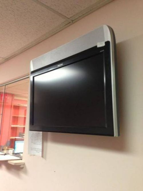 tv installed upside down, fail
