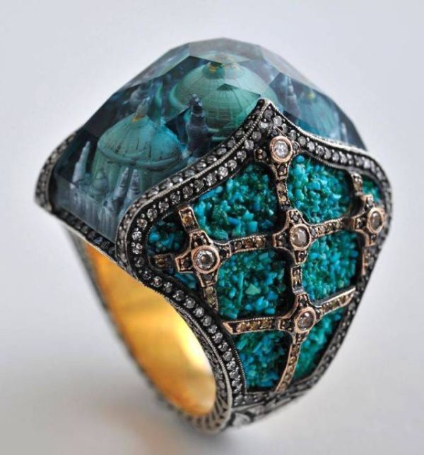 epic sapphire ring with complex patterns