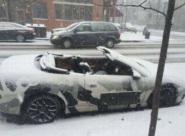 camouflage convertible in the snow, fail