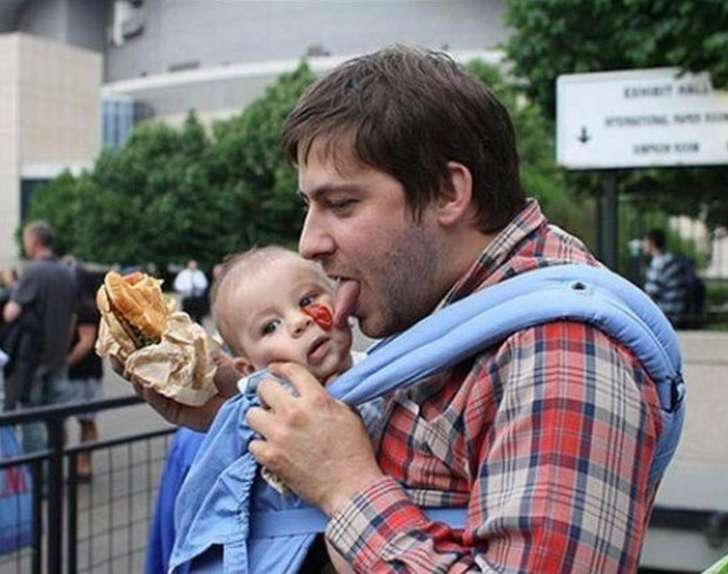 parents will know, dad eating tomato off kids face