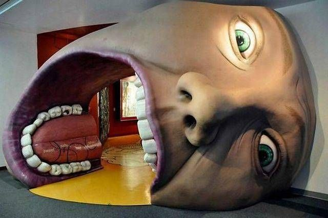 giant face mouth hallway, wtf