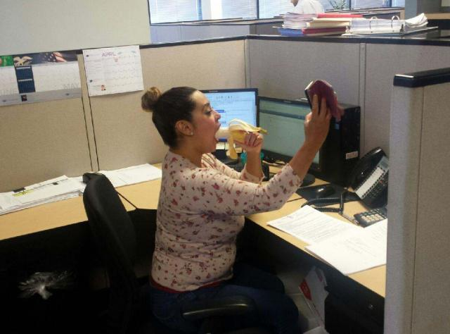 coworker caught showing off her only skill in a selfie