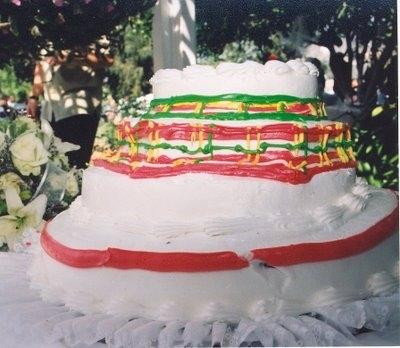 green yellow and red blob wedding cake, fail