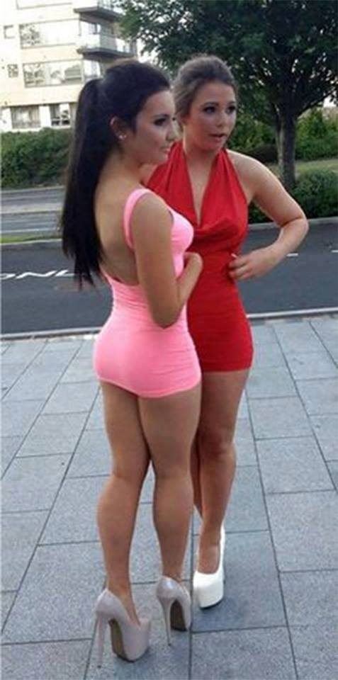 Women In Very Revealing Clothes