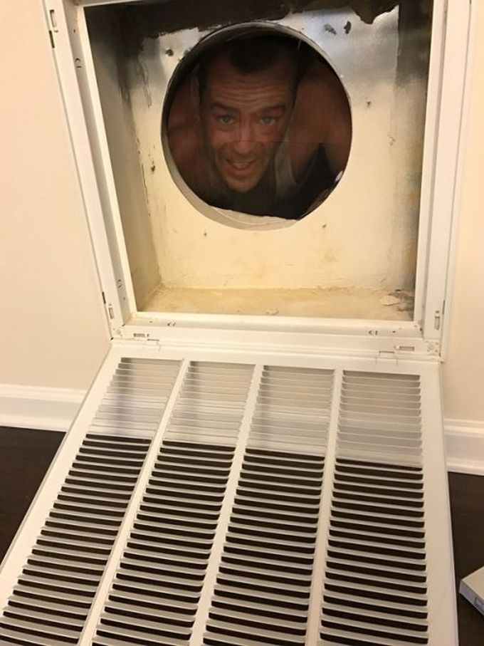 bruce willis all up in your vent