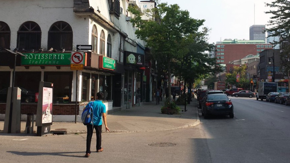 baffling signage, montreal bans turns onto one-way street