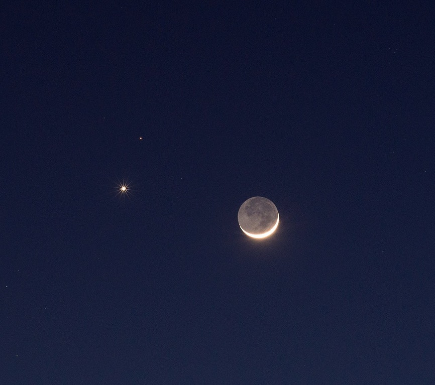 venus, mars and moon. image credit peter barvoets