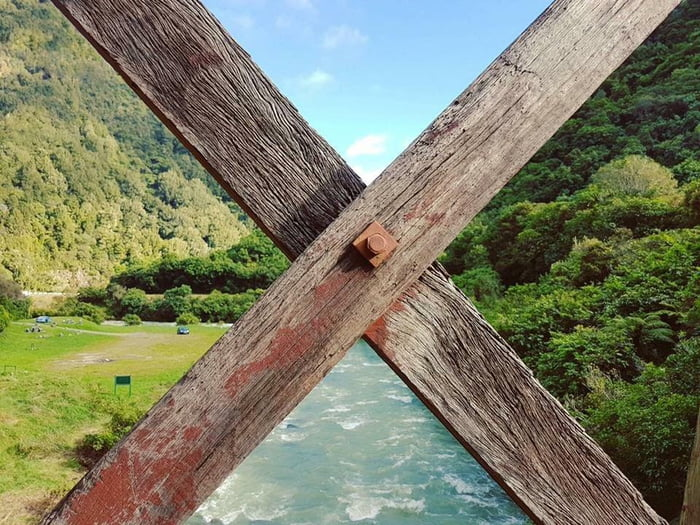 this fence post separates the view perfectly